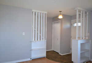 Side-by-side duplex! Live in one side and rent out the other! Regina Regina Area image 8