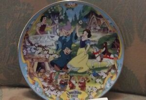 Snow White and The Seven Dwarfs Musical Plate