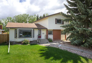 SCHMIDT REALTY GROUP -  Family home in Brookside