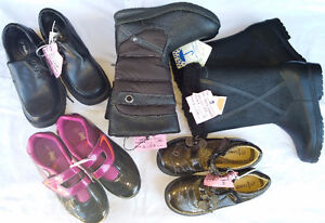 Older Girls Size 2, 3, 4 Shoes & Boots & Sandals & Sneaker etc.. London Ontario image 6