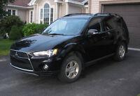 2012 Mitsubishi Outlander SUV, Crossover