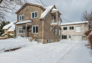 Profitable, fully renovated house for sale - Longueuil