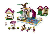 Lego Friends City Pool : Store Display/Presentoire