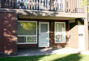 BEAUTIFUL South West - 2 Bedroom - Ravine Access - Avail NOW! Edmonton Edmonton Area image 1