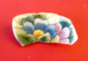 LOVELY HAND-PAINTED BROACH - SELF OR GREAT GIFT!