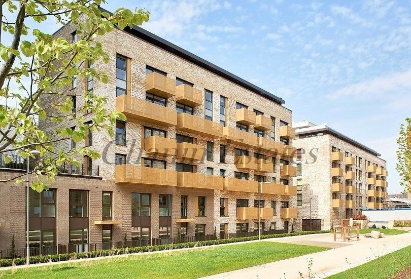 Amazing Modern 3 Bed Apartment in Greenland Place