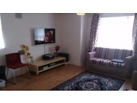 2 Bedroom Flat near Hounslow Central Tube and Train Station