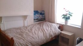 single room available in a 3 bed house