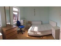 MOVE IN TODAY! HACKNEY: TWIN ROOM FOR COUPLE/FRIENDS AT WATERLOO CLOSE