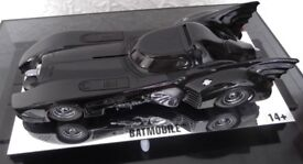 Hot Wheels 1989 L/E 1:18 scale Batmobile.