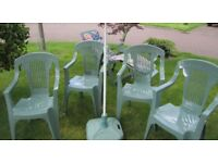 Genuine Keter quality garden furniture comprises 4 chairs, lounger with cushions, parasol & base in