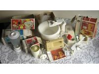Electric food mixer and assessories