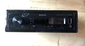 Kenwood KMM - 261 car radio