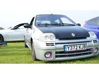 Renault Clio 172 ph1 track car. Iceberg silver with black wrapping