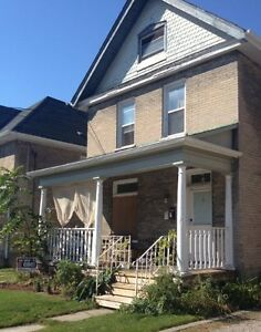 Large 2 Bdrm, ground Floor duplex - Downtown - May 1 or April15
