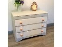 Chest of drawers - shabby chic