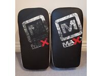 Pair of Maxx Genuine Leather Boxing Muay Thai Punch Kick Knee Pads