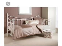 Single cream metal day bed daybed VGC