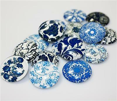 CLEAR GLASS DOMED CABOCHONS 10 x ROUND RETRO BLUE & WHITE PRINTED 20mm