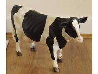 Cow ornament made of cast iron