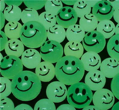 144 GLOW IN THE DARK SMILEY BOUNCY SUPER BALLS, HIGH BOUNCE, SMILE, QUICK SHIP ()