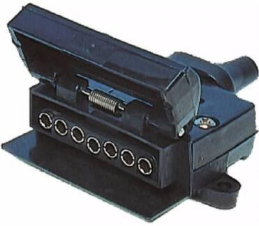7 Pin Flat Trailer Plug - female