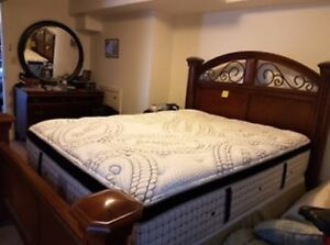 BRAND NAME QUEEN MATTRESS AS LOW AS 300$