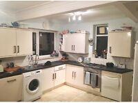 Howdens Kitchen Units. Used L shaped Kitchen