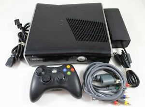 Xbox 360 Slim 250GB with 3 games $50