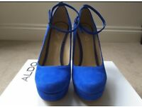 Aldo size 5 high heels
