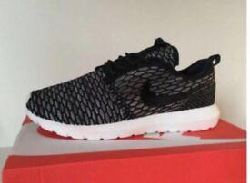 Nike Flyknit free run size 9 trainers