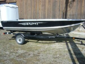 14 foot Lund fishing boat