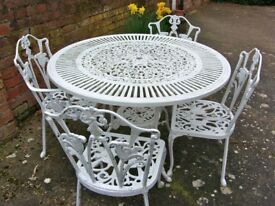 Cast iron table & chairs- Wanted