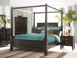 Martini suite 4 post canopy bed by Millenium