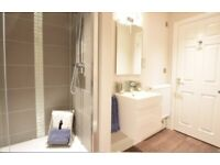 Luxurious studio available today in Crawley