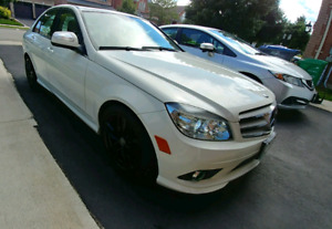Senior Driven 2009 Mercedes-Benz c230 4 Matic low km $11,999