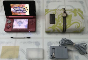 Red 3DS_With Many Games_Poke Ultra Sun & Moon, Marios...