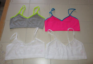 4x Girls training bra's from Justice in size 36 *not padded