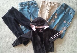 Good condition girl 5T cloth lot for spring, $4 take all.