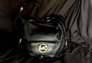 VINTAGE MICHAEL KORS FULTON HOBO SHOULDER BAG