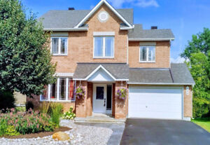 Move-in ready, open concept 5 bdrm  in Quarry Ridge, Orleans, ON