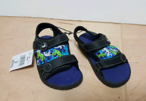 Toddler water shoes, size 5. New, never used.