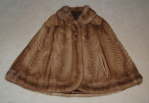 Elegant Fur Cape for Women in Brown Size S/M & FREE Neck Warmer