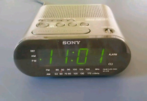"Sony ""Dream Machine"" alarm clock,  FM/AM radio"
