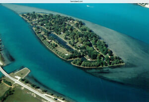 Fawn Island waterfront cottage & building lots on St. Clair Rive