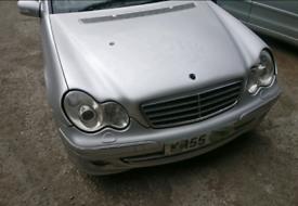 Breaking Mercedes W203 203 C200 C220 C270 C320 Diesel CDI spares