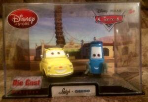 DISNEY Store CARS Original Luigi and Guido 2011 Diecast 1:43 NEW