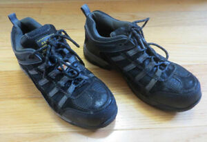 Altra Industrial Steel Toe work shoes Mens Size 9