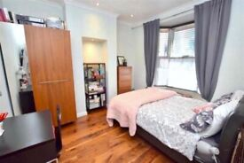 ☎️FANTASTIC DOUBLE room IN Brick lane e1