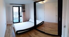 Wonderful New building, modern rooms Canada water! Zone 2
